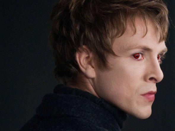 The Volturi are all about hiring seriously creepy looking people.
