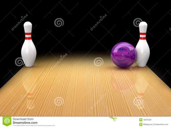 ten-pin-bowling-spare-as-snake-eyes-bed-posts-19075331